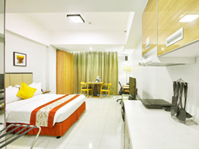 Deluxe Executive Room – View 02